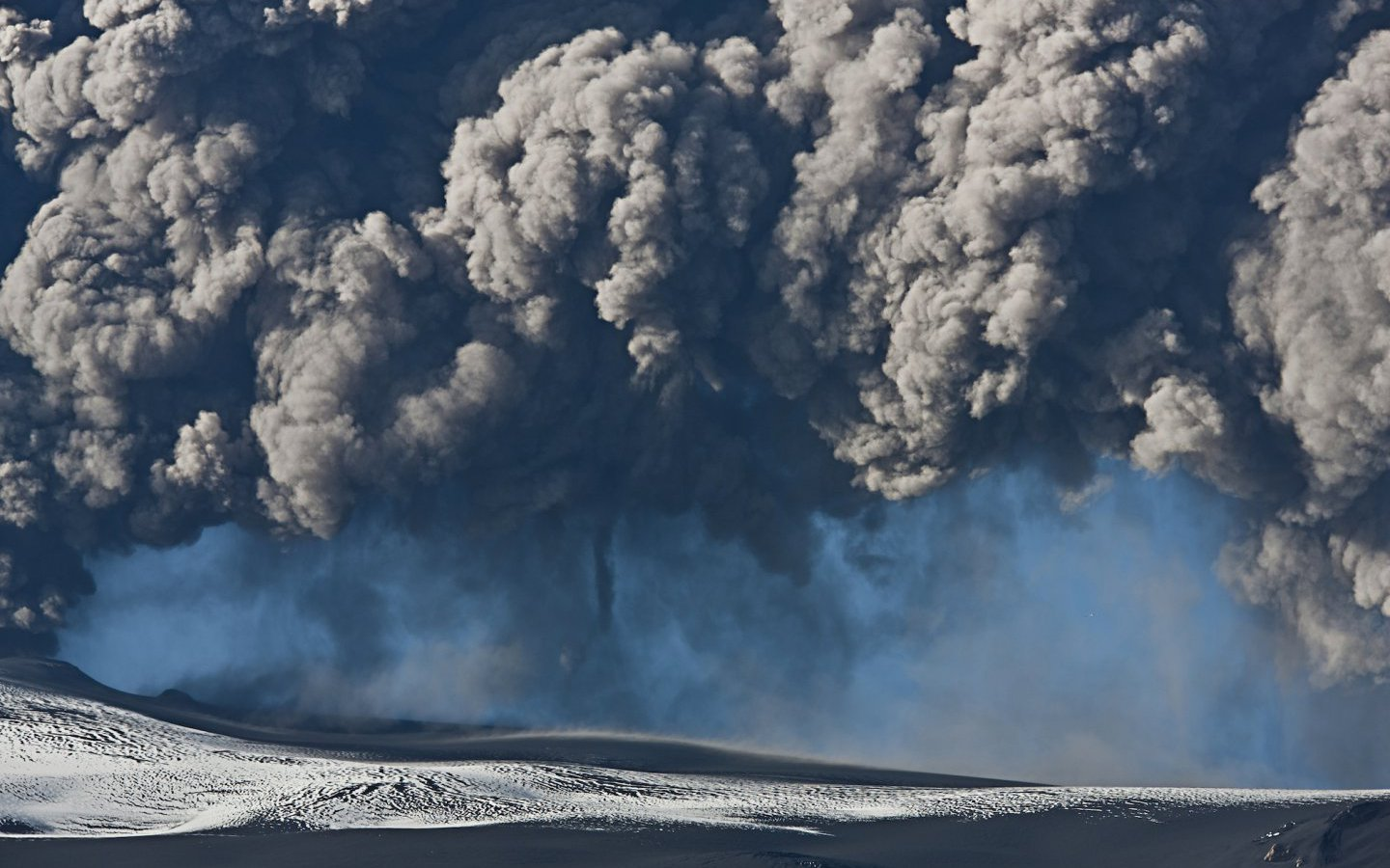 Ash cloud after the eruption of Eyjafjallajökull