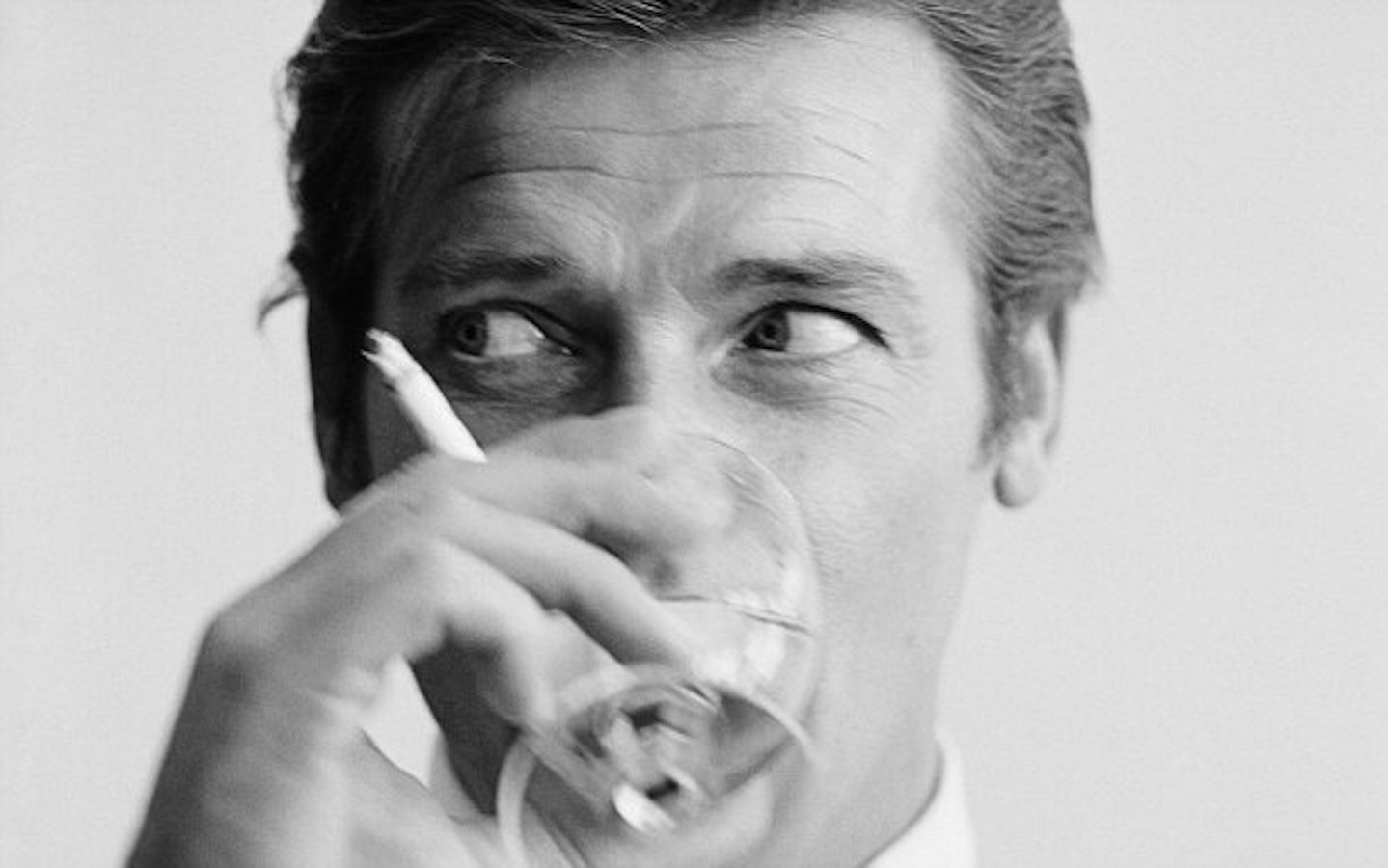 Roger Moore: iconic Bond style